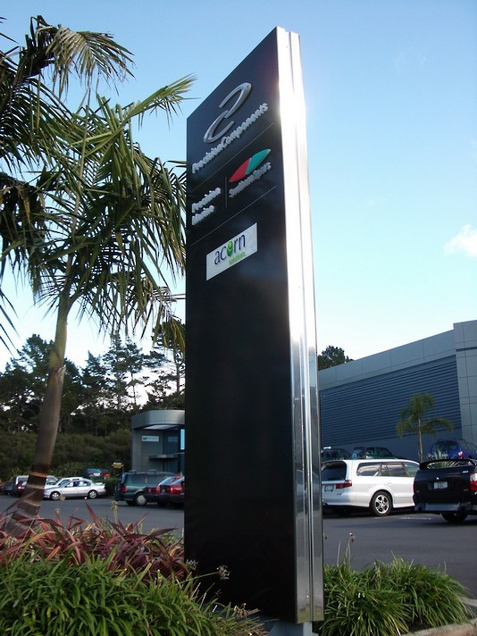 Business Park Pole Sign - Auckland