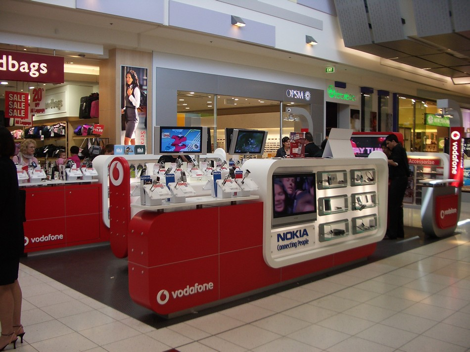 Branded \'Pop Up\' Retail Store - Vodafone