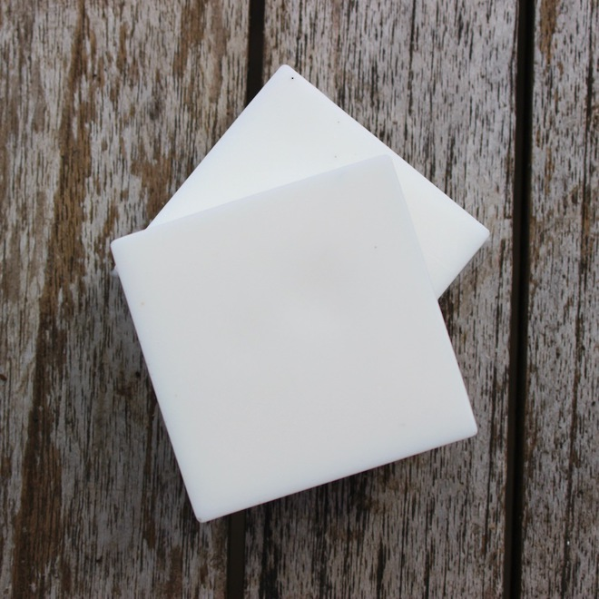 White organic melt and pour soap base image 0