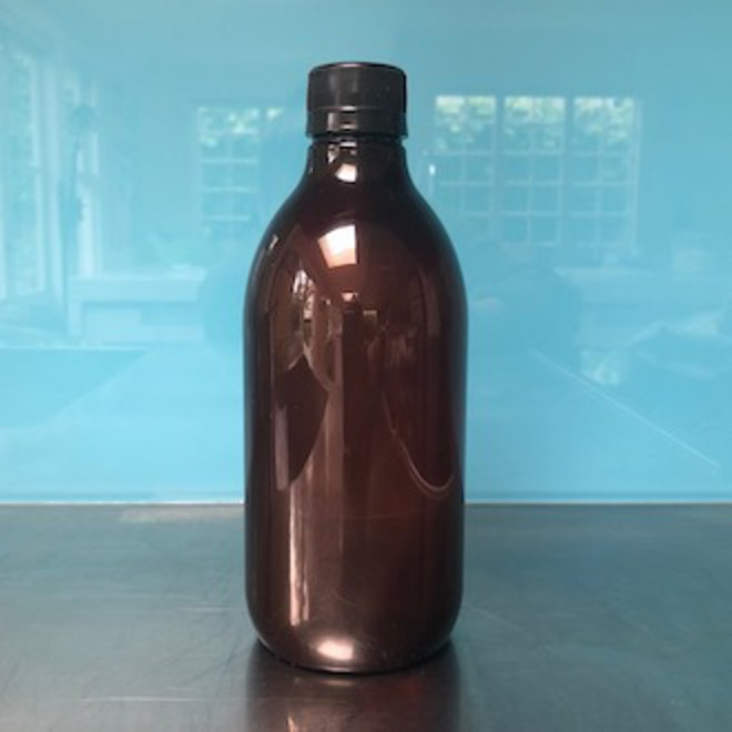 Amber plastic bottle: 500ml image 0