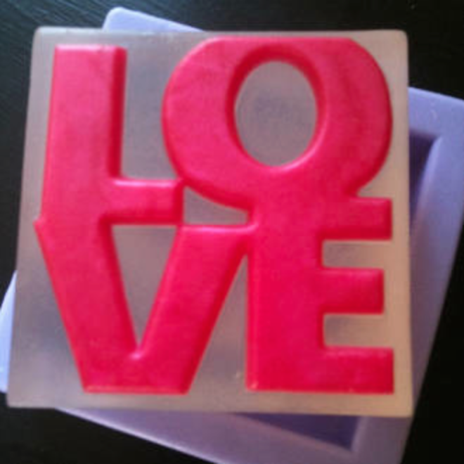 LOVE mini soapmaking kit image 1