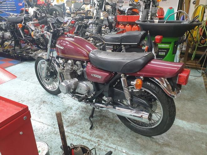 1977 Kawasaki Z1000 image 1