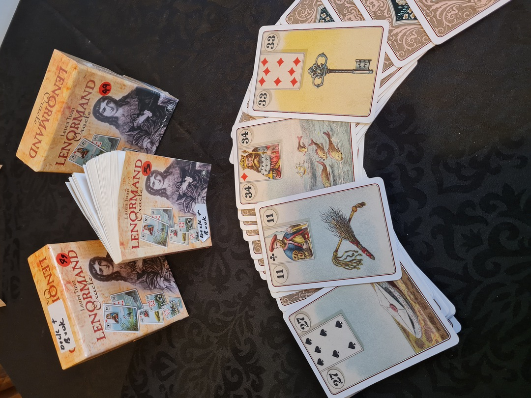 Lenormand Oracle card Readings image 0