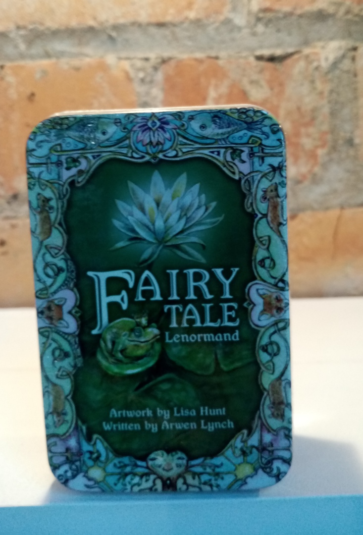 Fairy tale Lenormand (in a tin) image 0