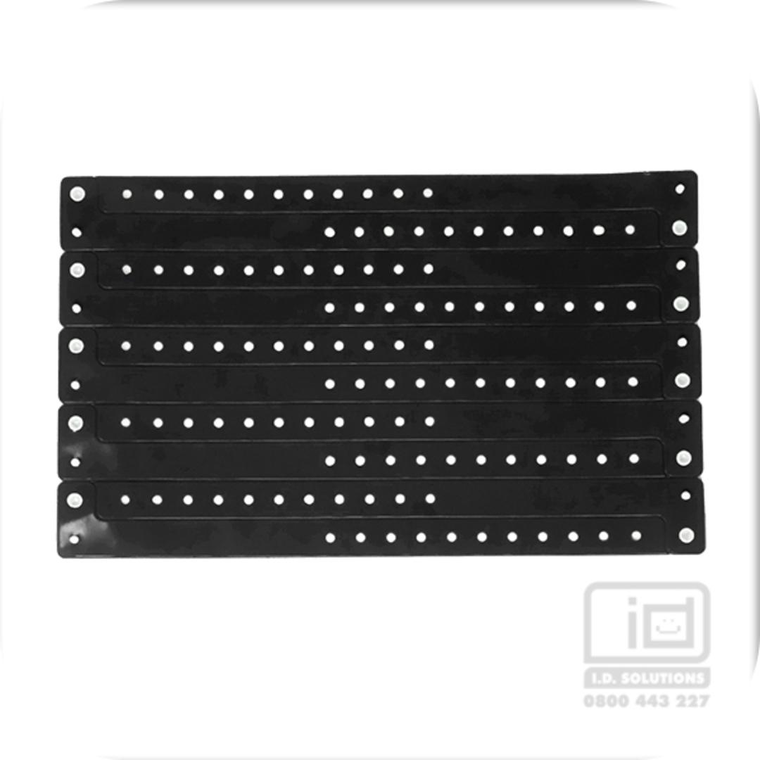 Black vinyl wristband (19) image 0
