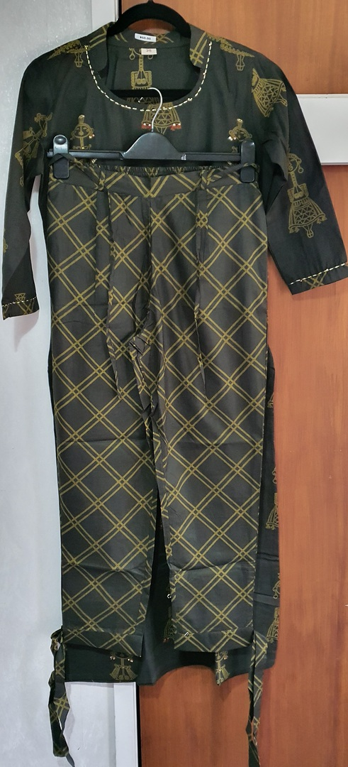 Bottled Green Kurti with Chex Print Pant image 0