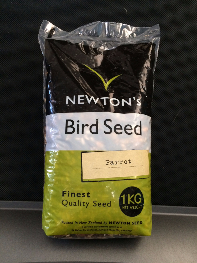 Newton Seed Parrot Mix No Preservatives 1kg image 0