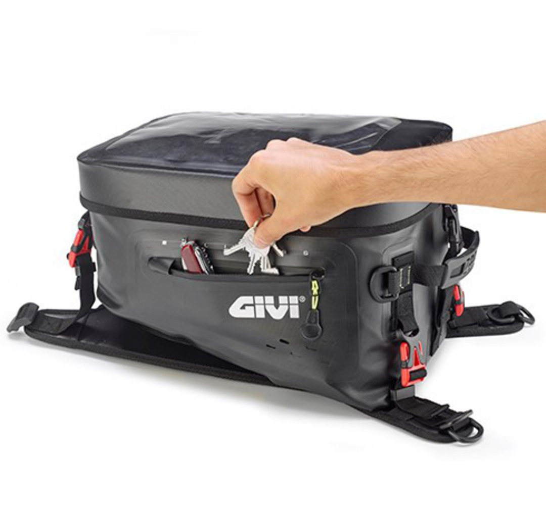 GIVI Tank Bag 20L waterproof image 3