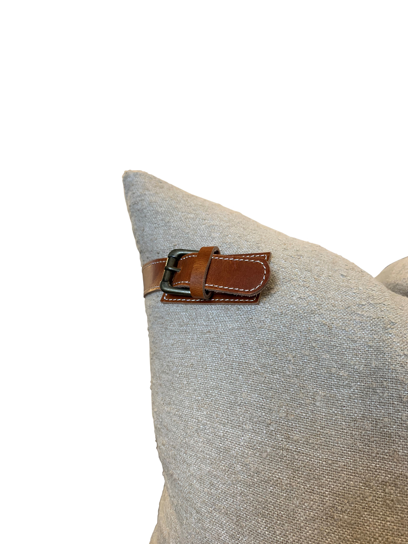 NATURAL COTTON CUSHION COVER WITH LEATHER BUCKLE DETAIL image 1