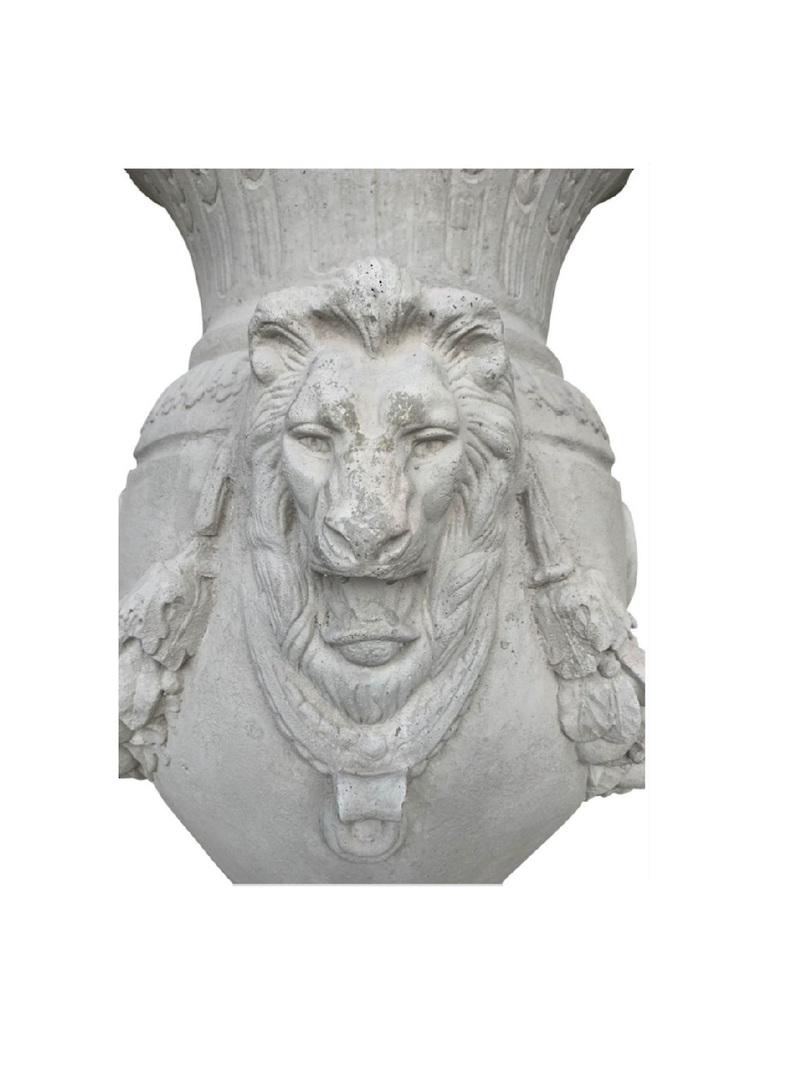 LION URN & PEDESTAL FRENCH LIME WASH image 1