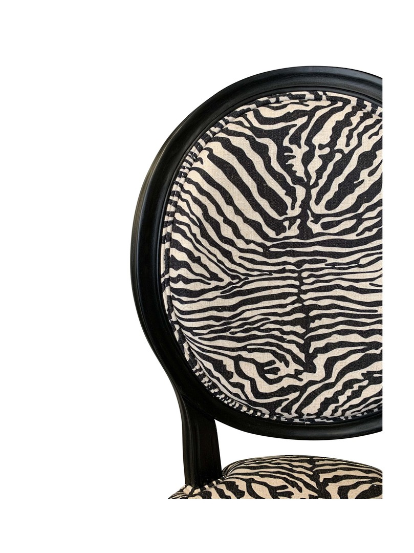 ZEBRA DESIGN BALLOON BACK CHAIR image 5