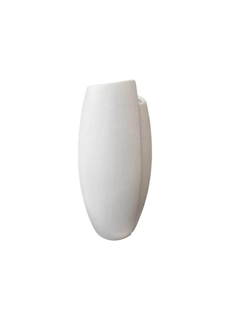 IRREGULAR WHITE VASE image 3