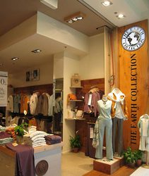 Retail Shop Front Design / Commercial Retail Designer