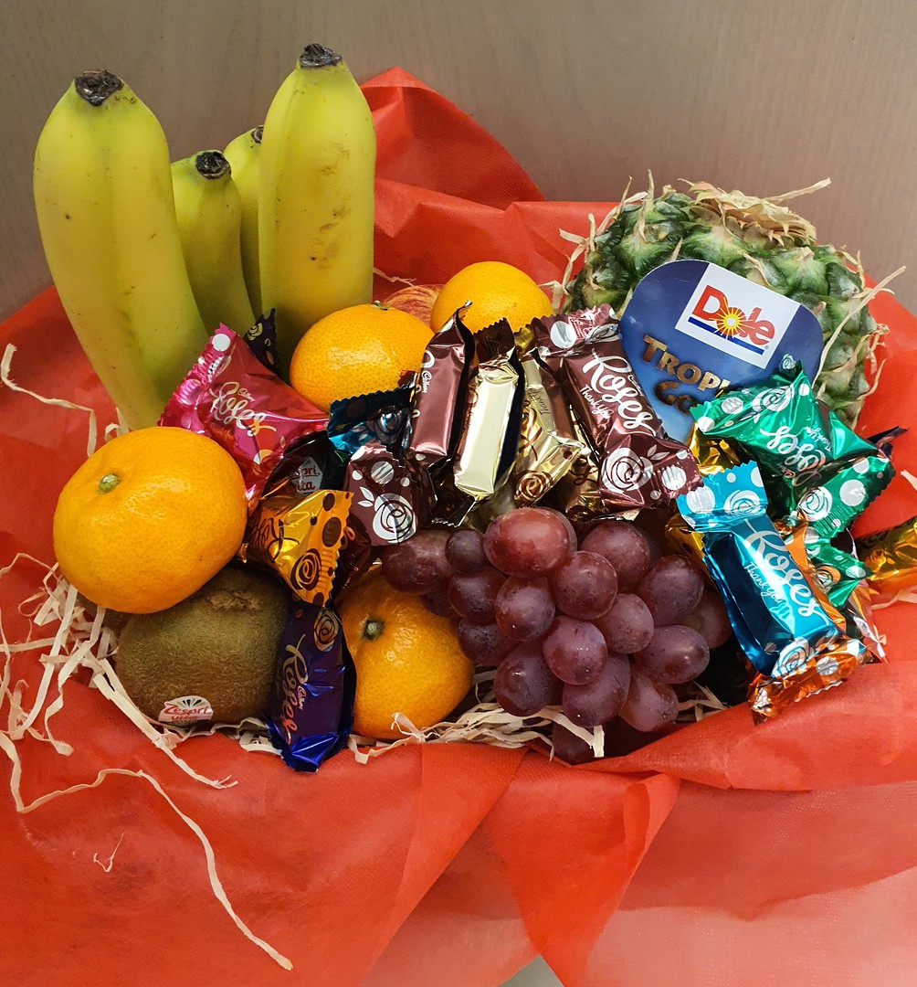 Fruit and Chocs image 0