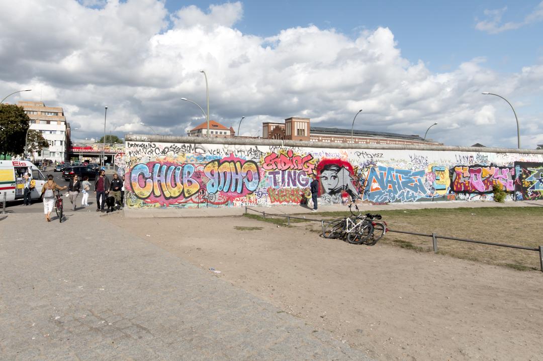 GRAFFITI REMOVER 200 LITRES image 0
