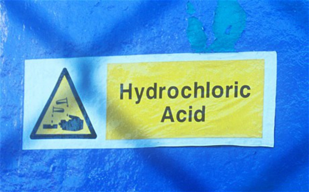 HYDROCHLORIC ACID 33% 20 LITRES image 0