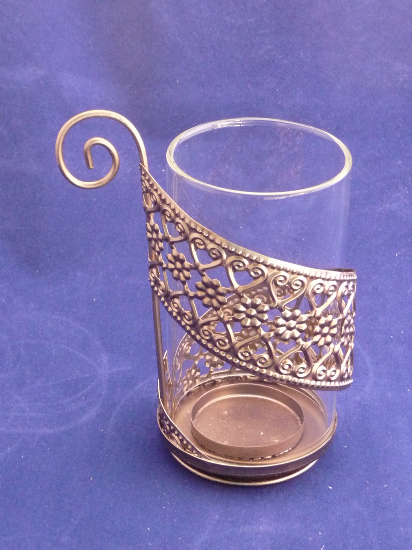 Glass tea light/votive holder copper base image 0