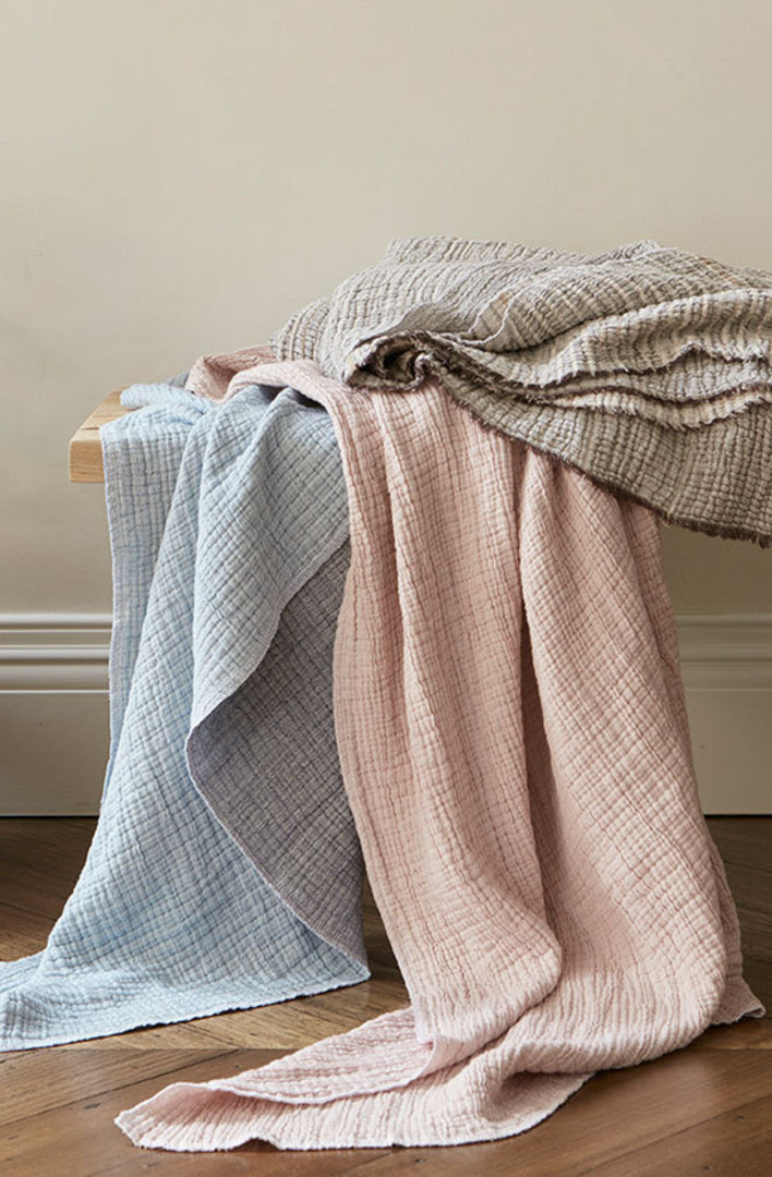 Baksana - Divine Cotton Throw - Pink image 1