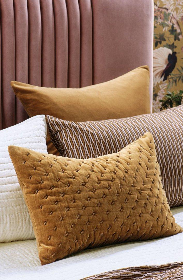 Bianca Lorenne - Mica Cushion - Antique Gold image 0