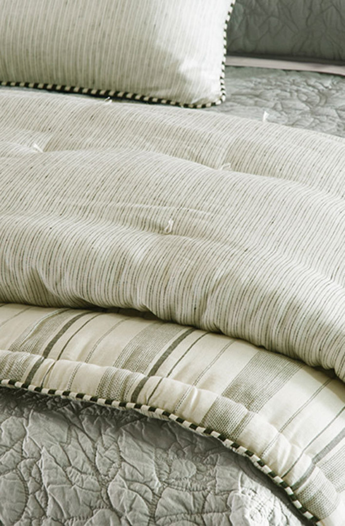 Bianca Lorenne - Pezzato Comforter/Cushion image 1