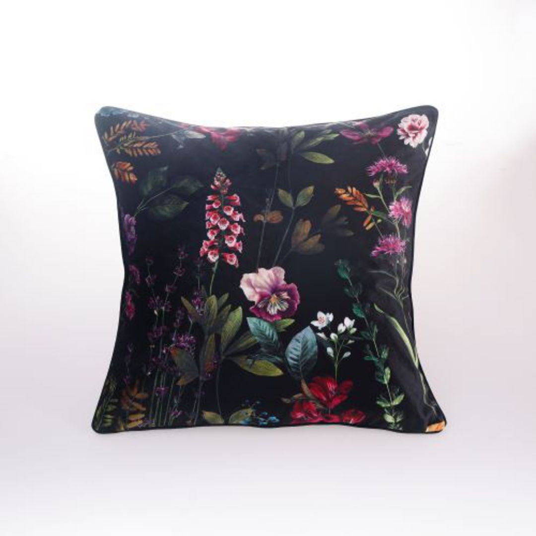 MM Linen - Maisie Cushion image 0