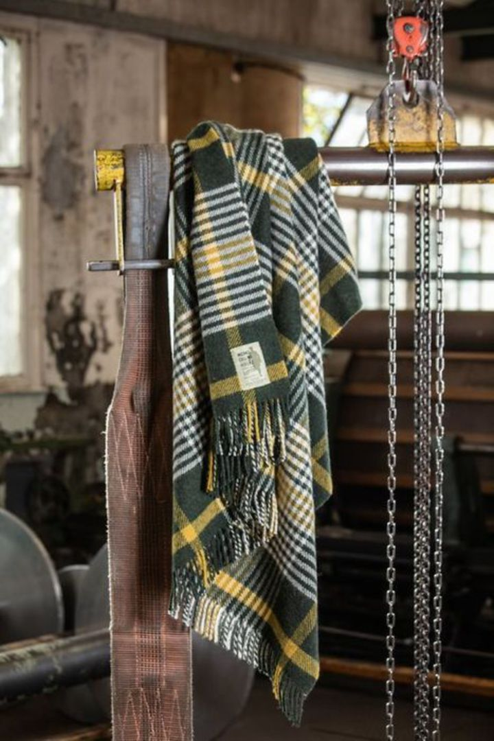 Importico - Foxford -  Lambswool Throw - Michael Collins image 0