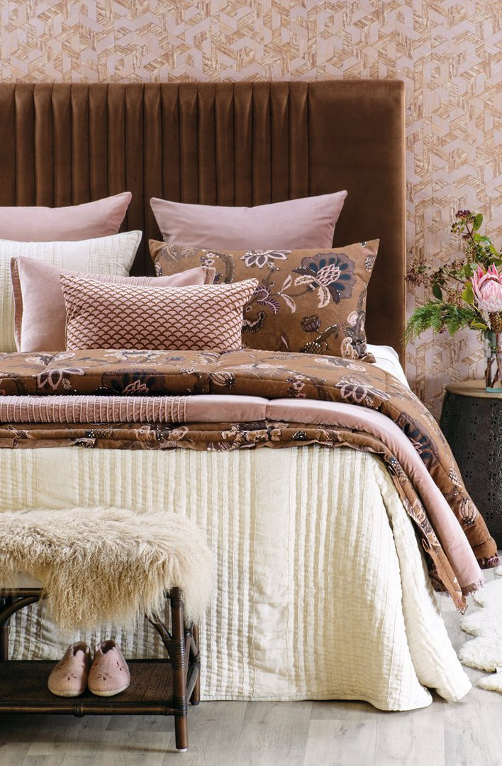 Bianca Lorenne - Puritsu Bedspread /Pillowcase/Eurocase - Ecru image 0
