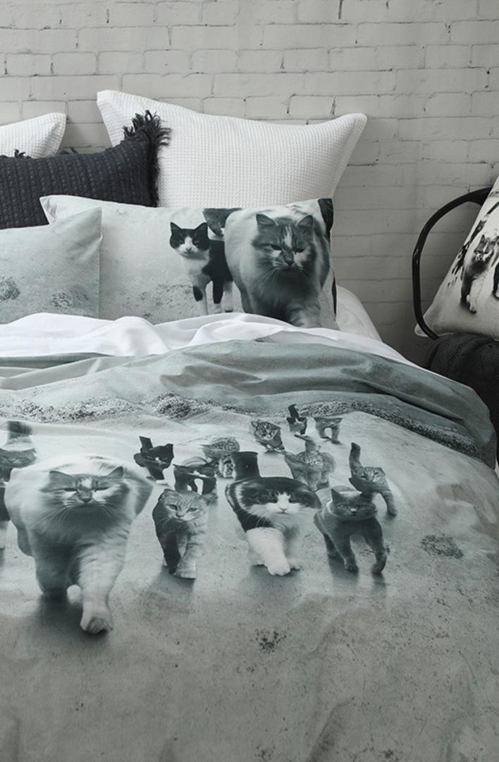MM Linen - Catmob Duvet Cover Set image 1