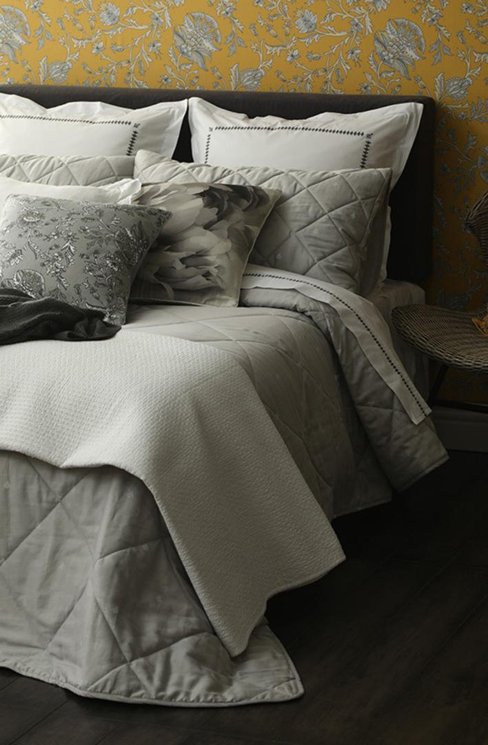 MM Linen - Bijou Quilted Bedspread Set -  Silver image 2