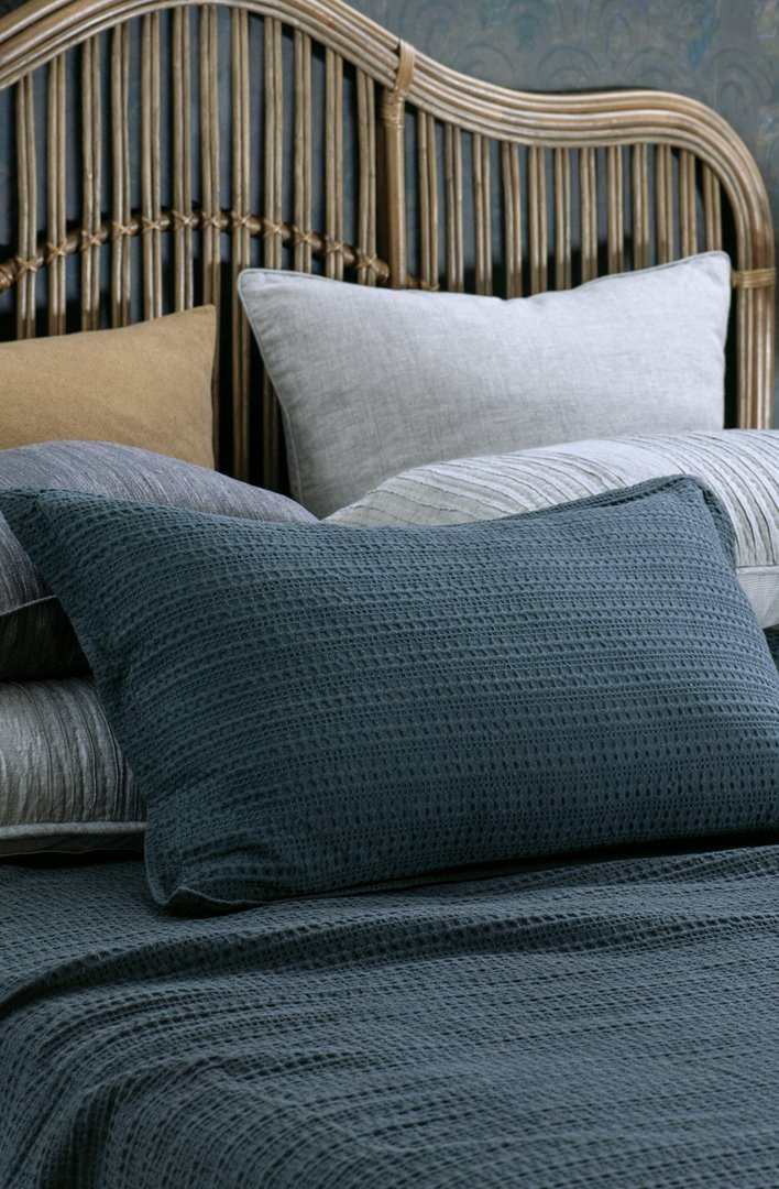 Bianca Lorenne - Mizumi  Bedspread / Pillowcase / Eurocase - Midnight image 3