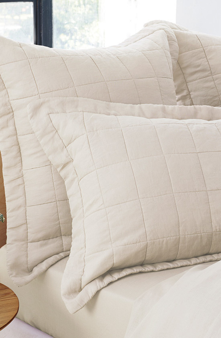Sheridan - Abbotson Flax Tailored Linen Duvet Cover / Pillowcases image 2