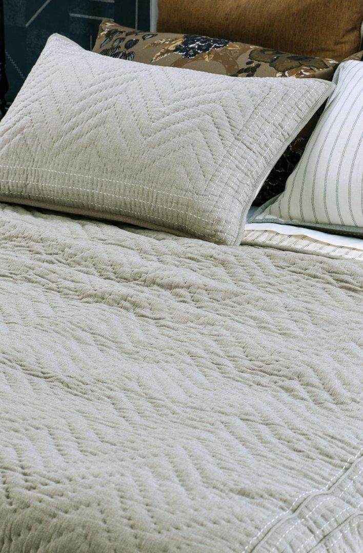 Bianca Lorenne - Ganuchi - Bedspread - Pillowcase and Eurocase Sold Separately  - Grey image 0