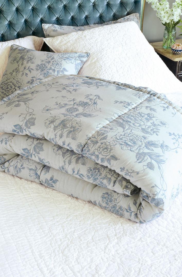 Bianca Lorenne - Trumpetta Ice  Pillowcase - ON SALE image 0