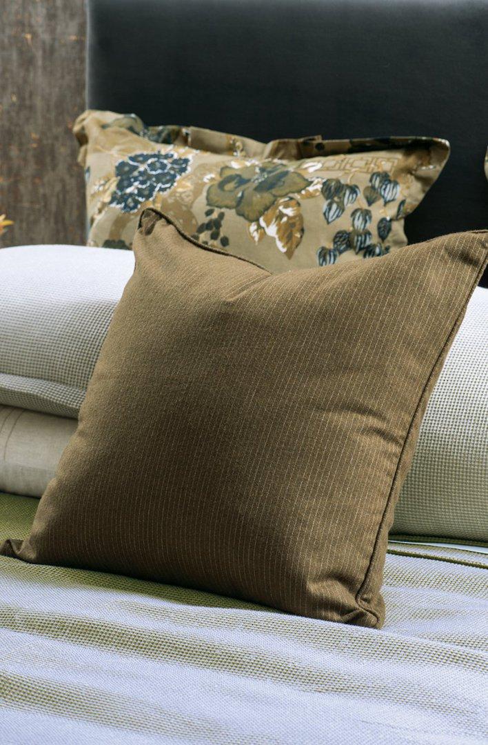 Bianca Lorenne - Michi - Comforter / Pillowcase/Eurocase/Cushion - Dark Hazel image 1