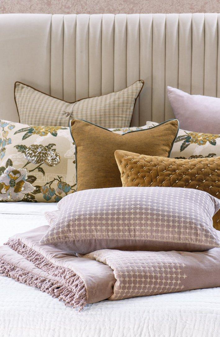 Bianca Lorenne - Petalo - Comforter / Pillowcase/Eurocase/Cushion - Dusky Orchid image 1
