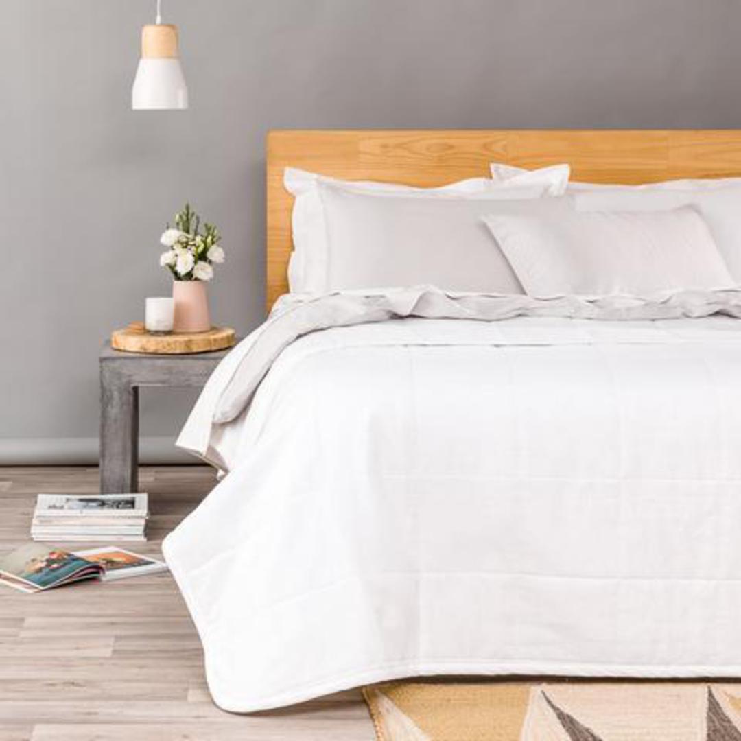 Seneca - Velvet Pin Comforter / Euros - Winter White image 0