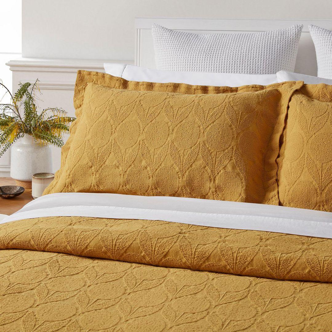Baksana - Citron Bedspread Set - Saffron image 1