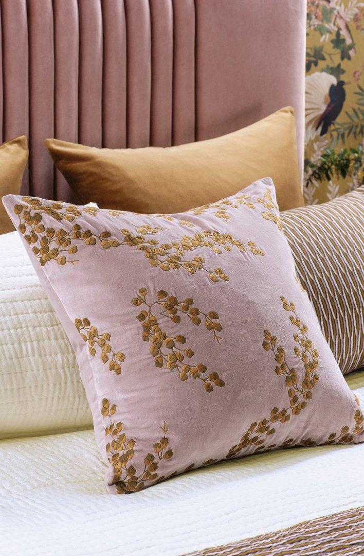 Bianca Lorenne - Chaya - Cushion - Dusky Orchid image 0