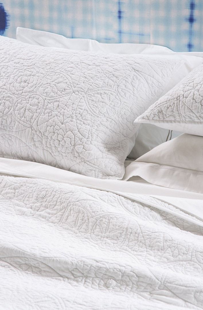 Bianca Lorenne - Amarento  Bedspread / Pillowcases Sold Separately - White image 1