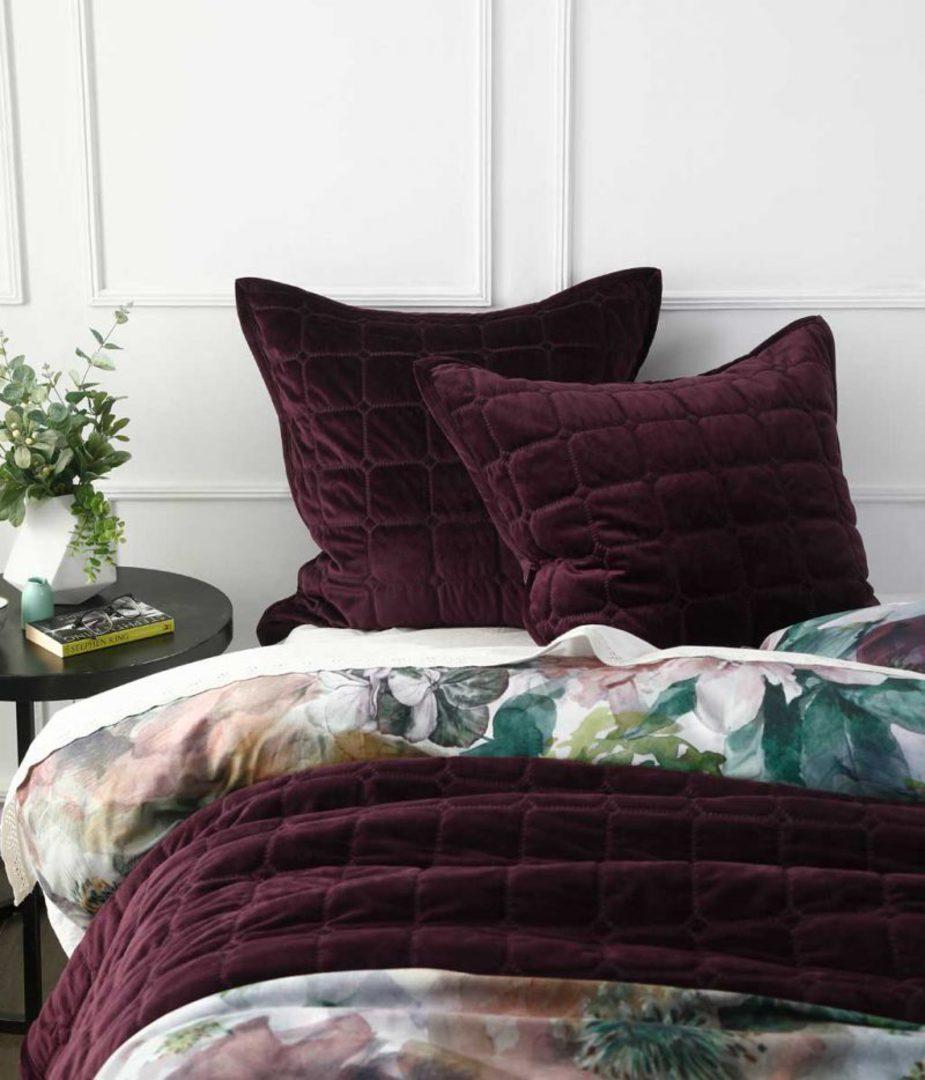 MM Linen - Meeka  Port Quilted  Comforter Set - Large image 1