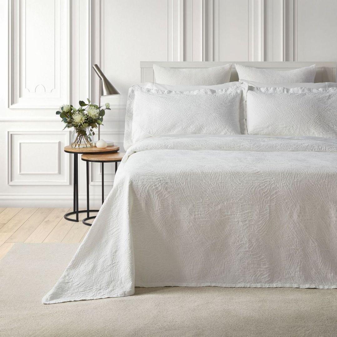 Baksana - Dunes Bedspread Set - White. image 0