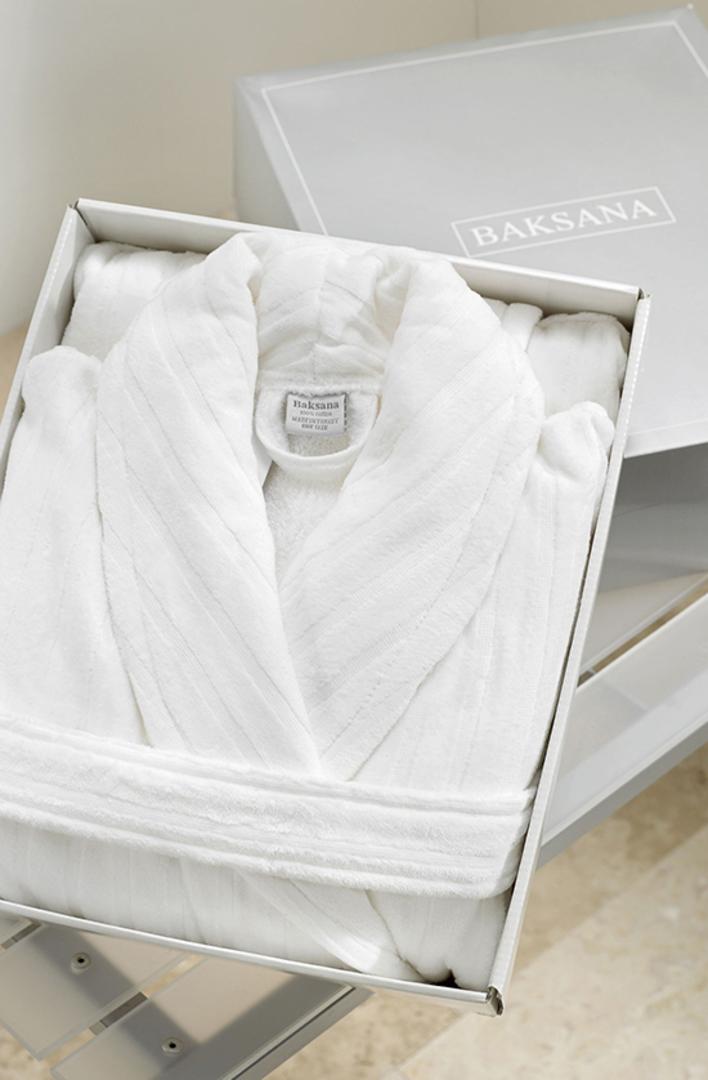 Baksana -  Unisex Luxury Hotel Robe - White image 0