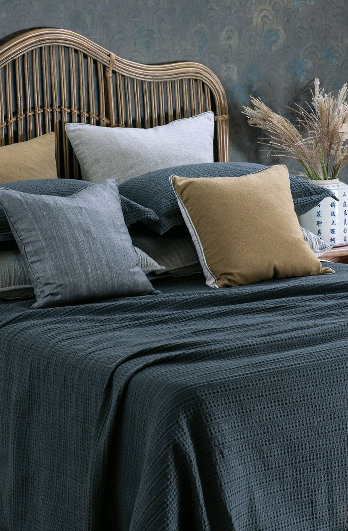 Bianca Lorenne - Mizumi  Bedspread / Pillowcase / Eurocase - Midnight image 0