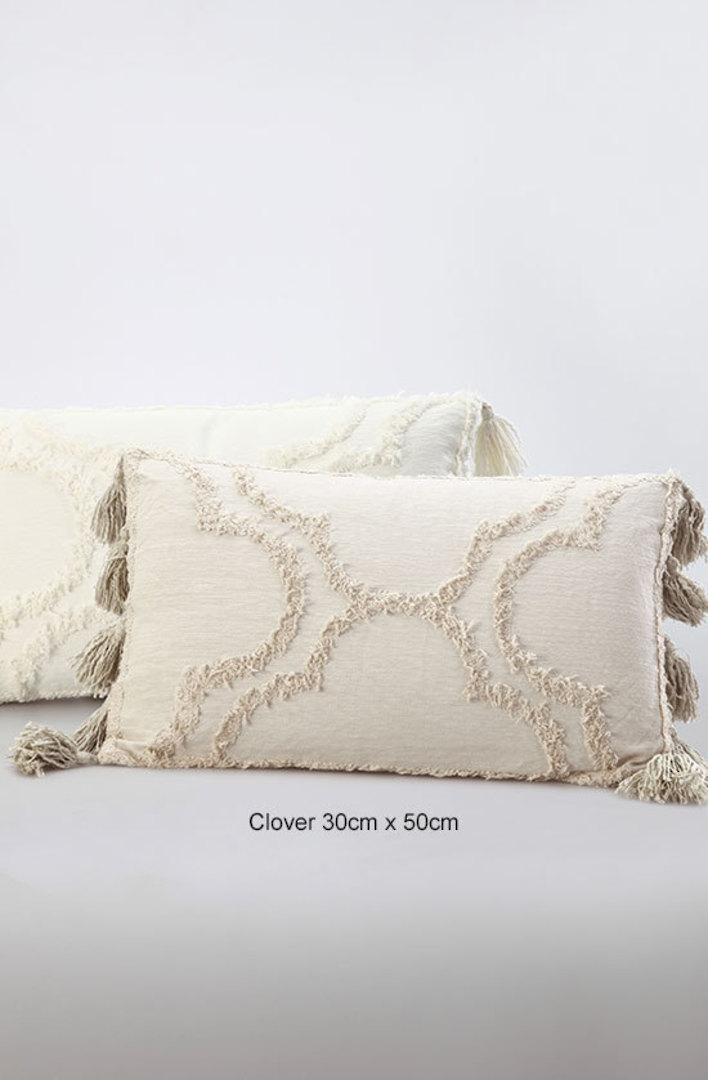 MM Linen - Clover Ivory Cushions image 3