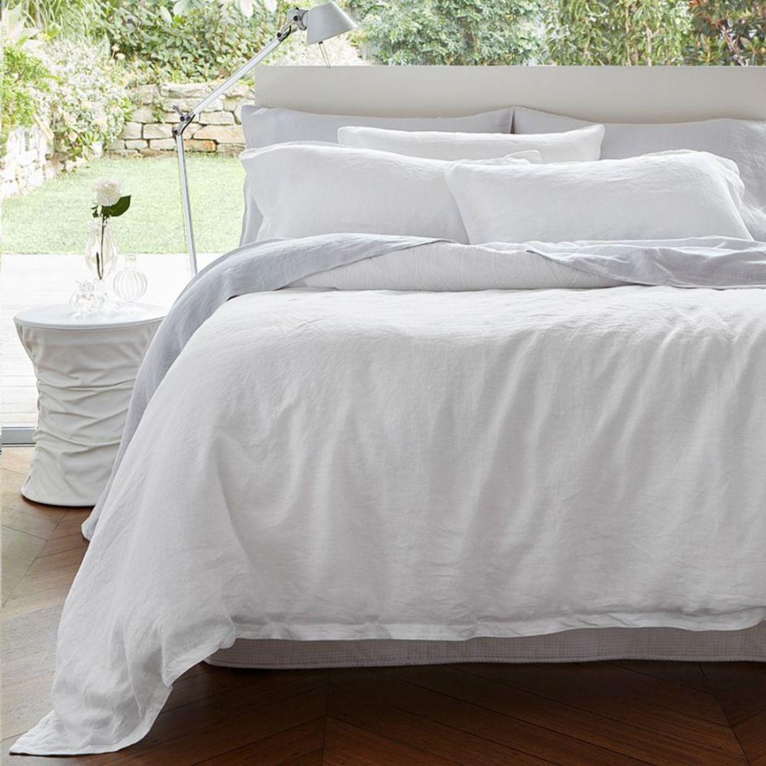 Baksana - Baltic Linen Sheet Set - White image 0