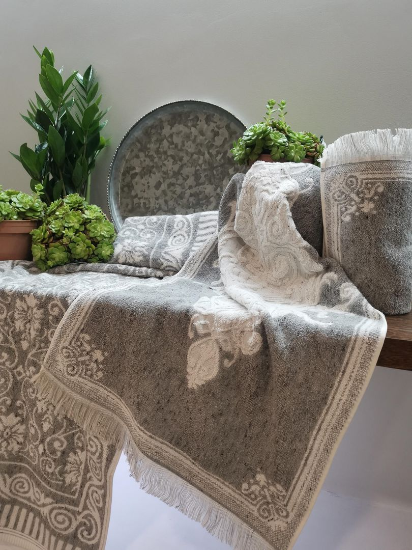 Importico - Spring Grey Towels image 1