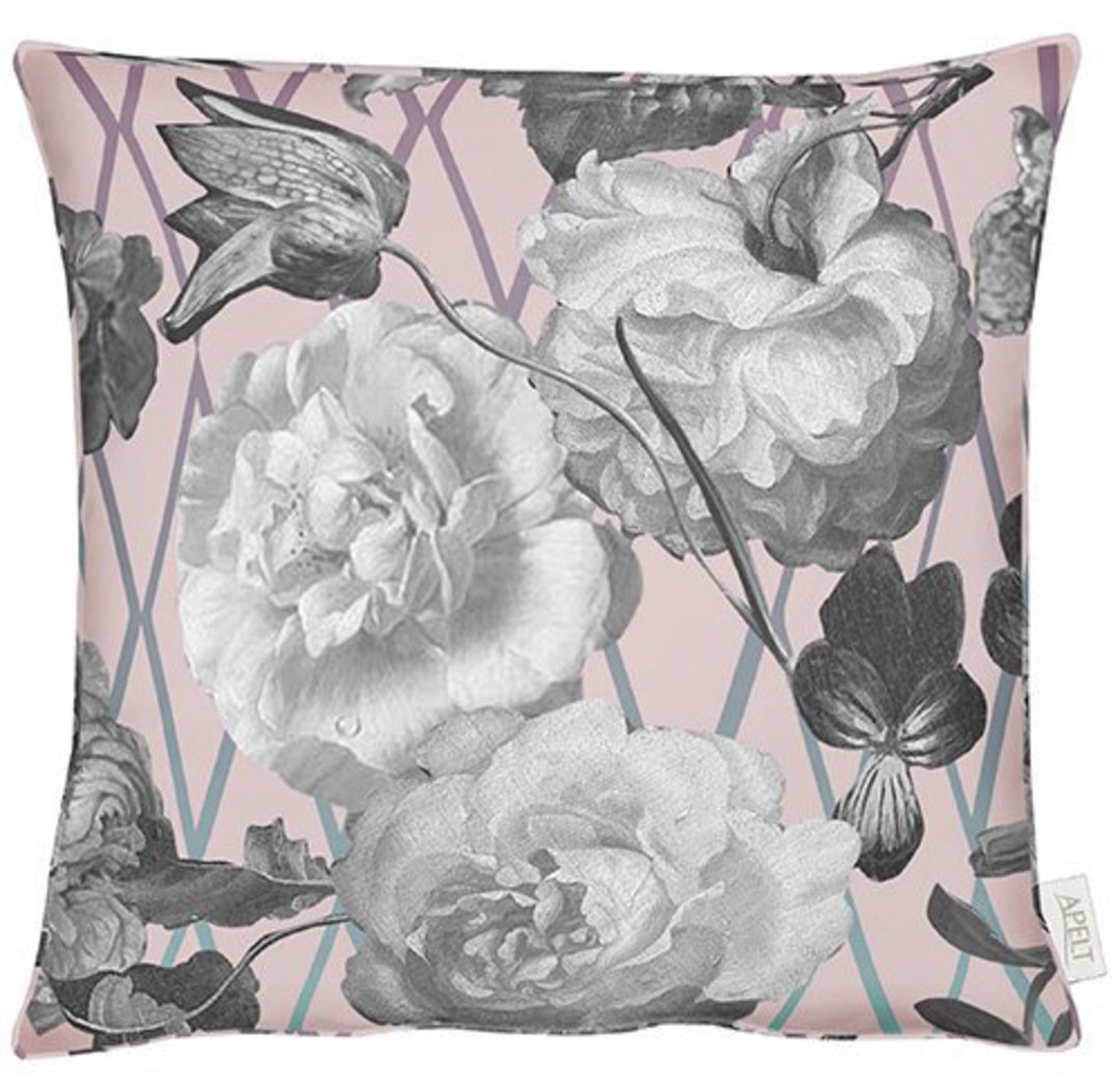 Importico - Apelt - Sybilla Paris Pink Cushion image 0
