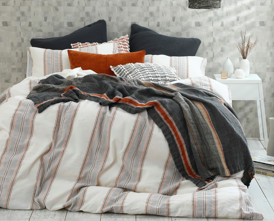 MM Linen - Lagos Duvet Set image 0