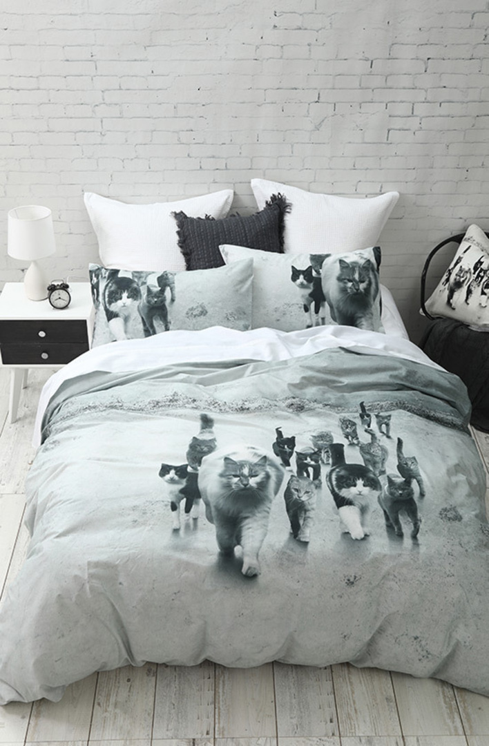 MM Linen - Catmob Duvet Cover Set image 0