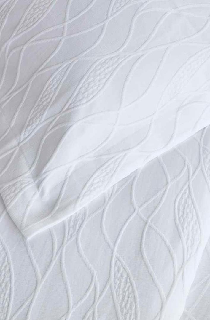 Baksana - Calm Waters Bedspread Set -  White image 1